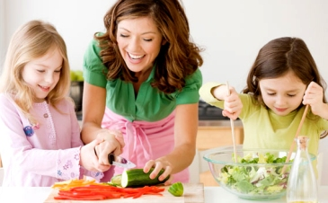 Kids-Eating-Healthy-1