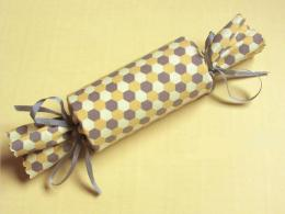 original_denise-sharp-studio-cloth-gift-wrapping_s4x3_lg